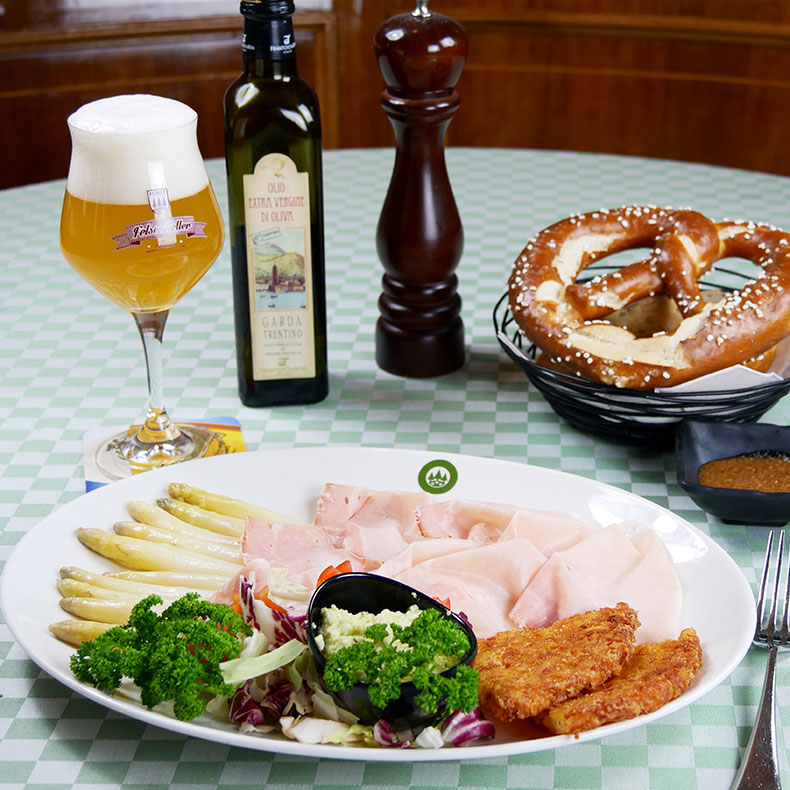 Ham, asparagus, and potato tortello